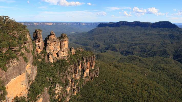 The Three Sisters should be treated as part of an invigorating half-day's exploration, rather than a photo stop.