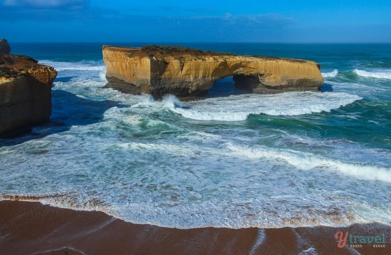 London Bridge - Great Ocean Road, Australia