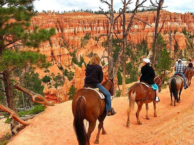 horse riding Bryce Canyon NP Utah