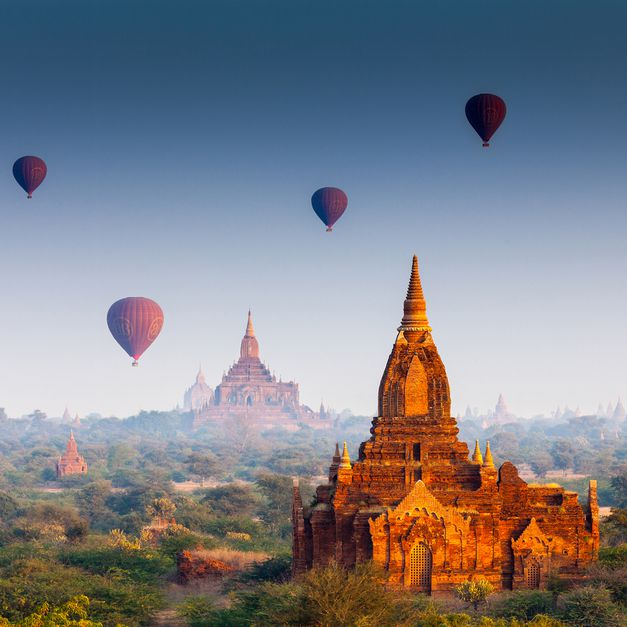The Most Beautiful Hot Air Balloon Rides in the World! - 15