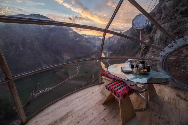 Are You Brave Enough to Stay in a Hanging Mountain Pod? - 5