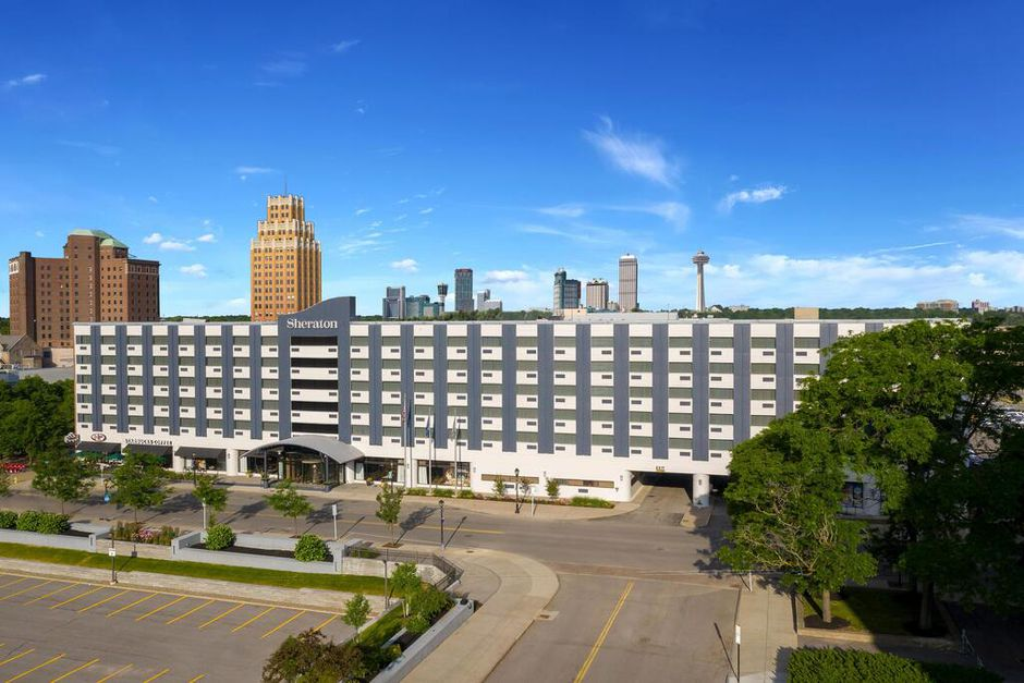 Niagara Falls Sheraton Price Drop—Stay on Either Side for Under $100! - 2