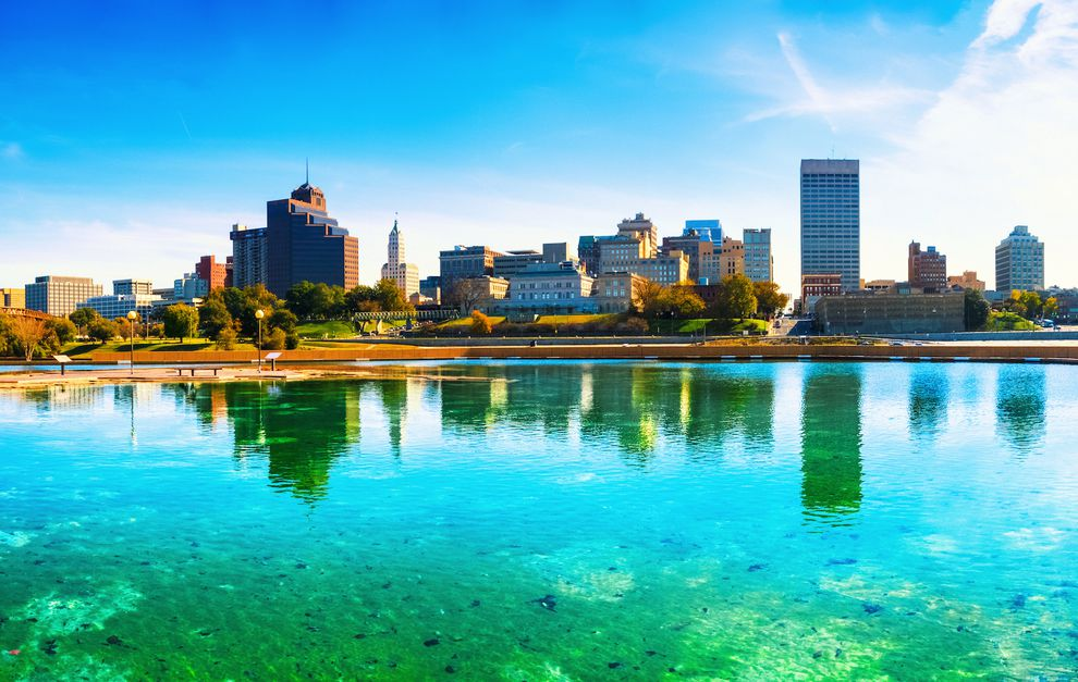 Memphis Crowne Plaza Downtown from $102 a Night—Winter Break Included!