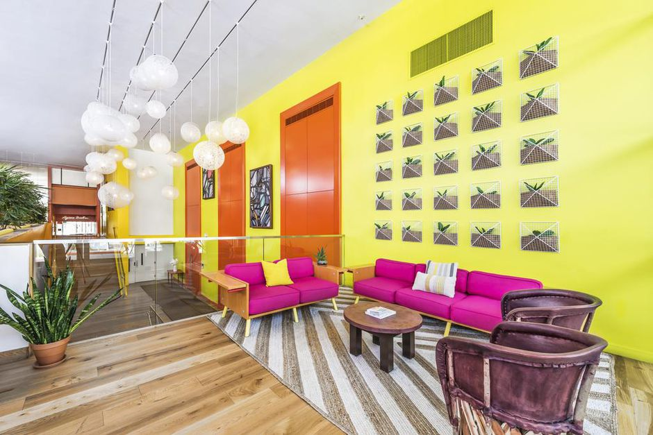 Trendy Hotel Near Phoenix from $60 With Flexible Booking - 6