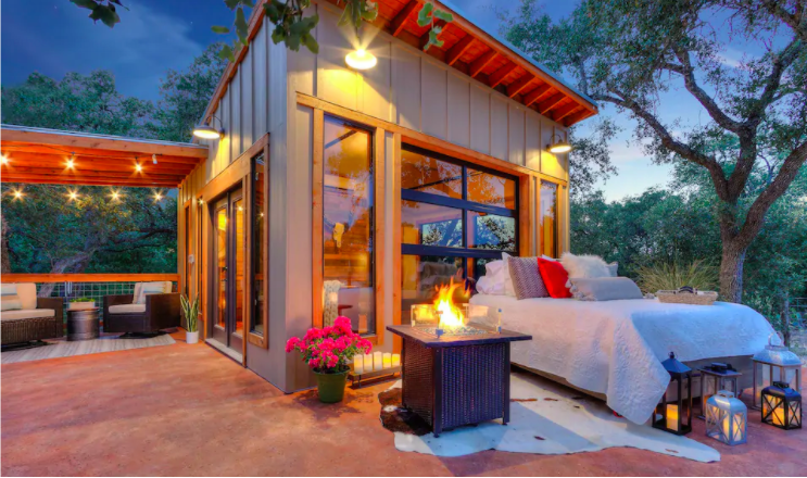 Hill Country Tiny Home Stay in Texas from $120—Sleep Underneath the Stars! - 8