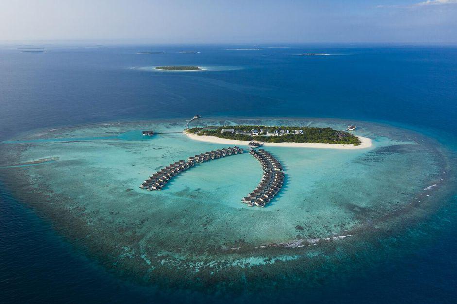 Maldives Overwater Bungalows! 5-Star Mövenpick Resort Rates Drop to $462 - 3