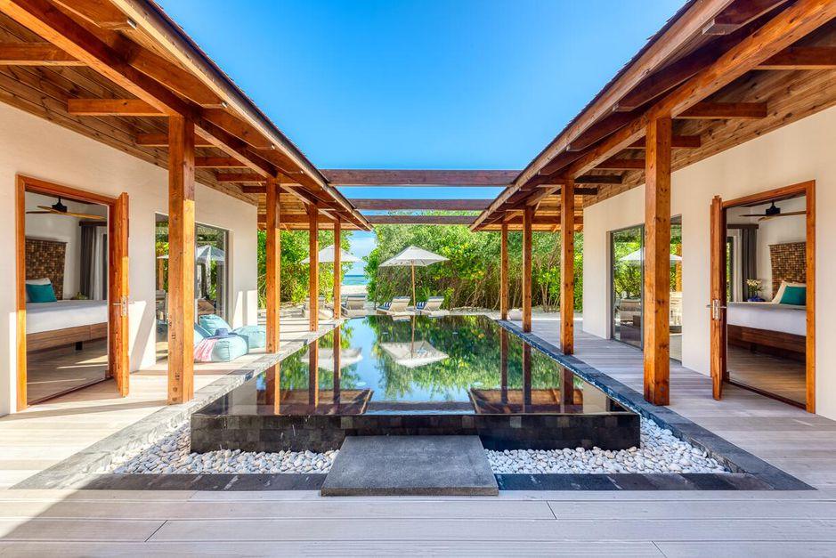 Maldives Overwater Bungalows! 5-Star Mövenpick Resort Rates Drop to $462